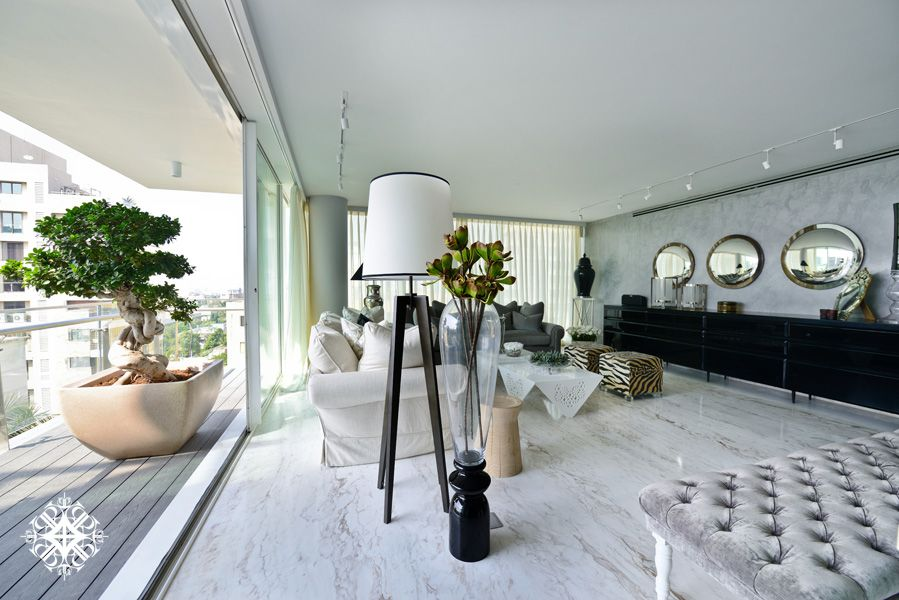 Why sussanne khan is one of the top interior designers in india delightfull also rh pinterest