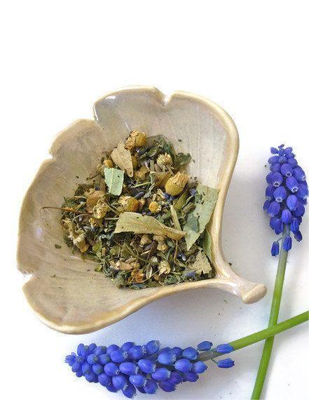 Herbal Sleep Tea Valerian Lavender And Passionflower Loose Leaf Herbal Tea 3 Oz 11 00 Via Etsy Sleep Tea Passion Flower Tea Herbalism