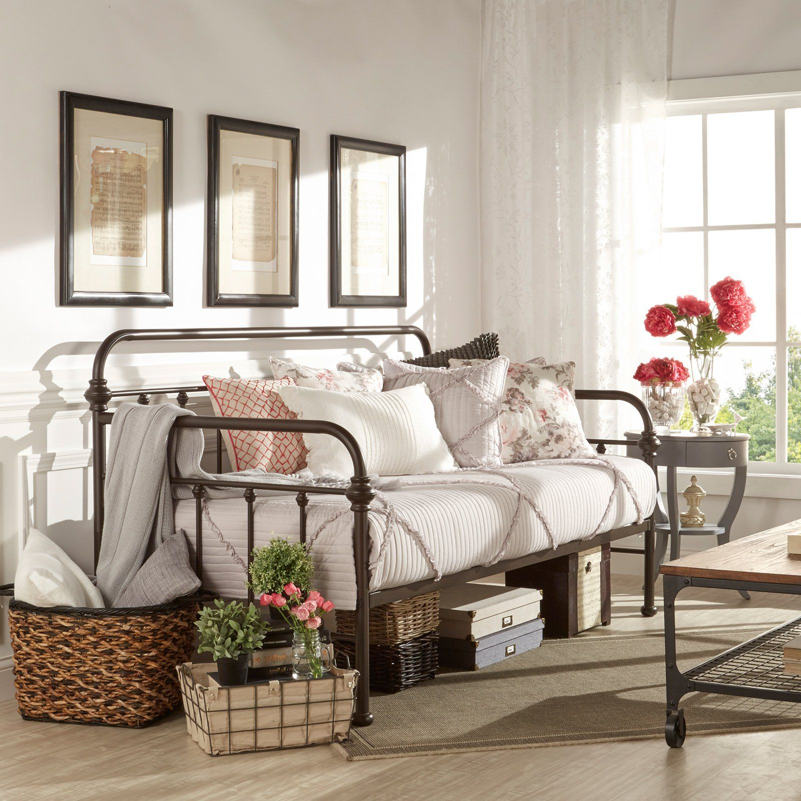 Weston Home Tadley Metal Daybed Products Daybed Room