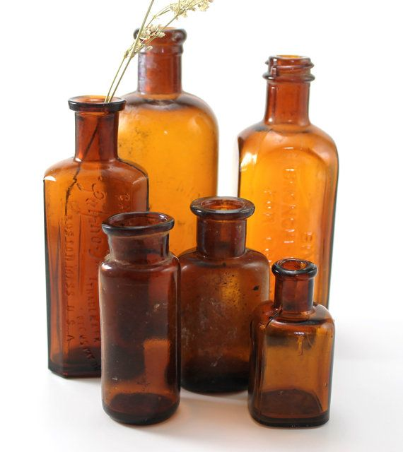 Antique Amber Brown Glass Medicine Bottles Set By Goodcheergoods 24 00 Old Bottles Bottles Decoration Beakers