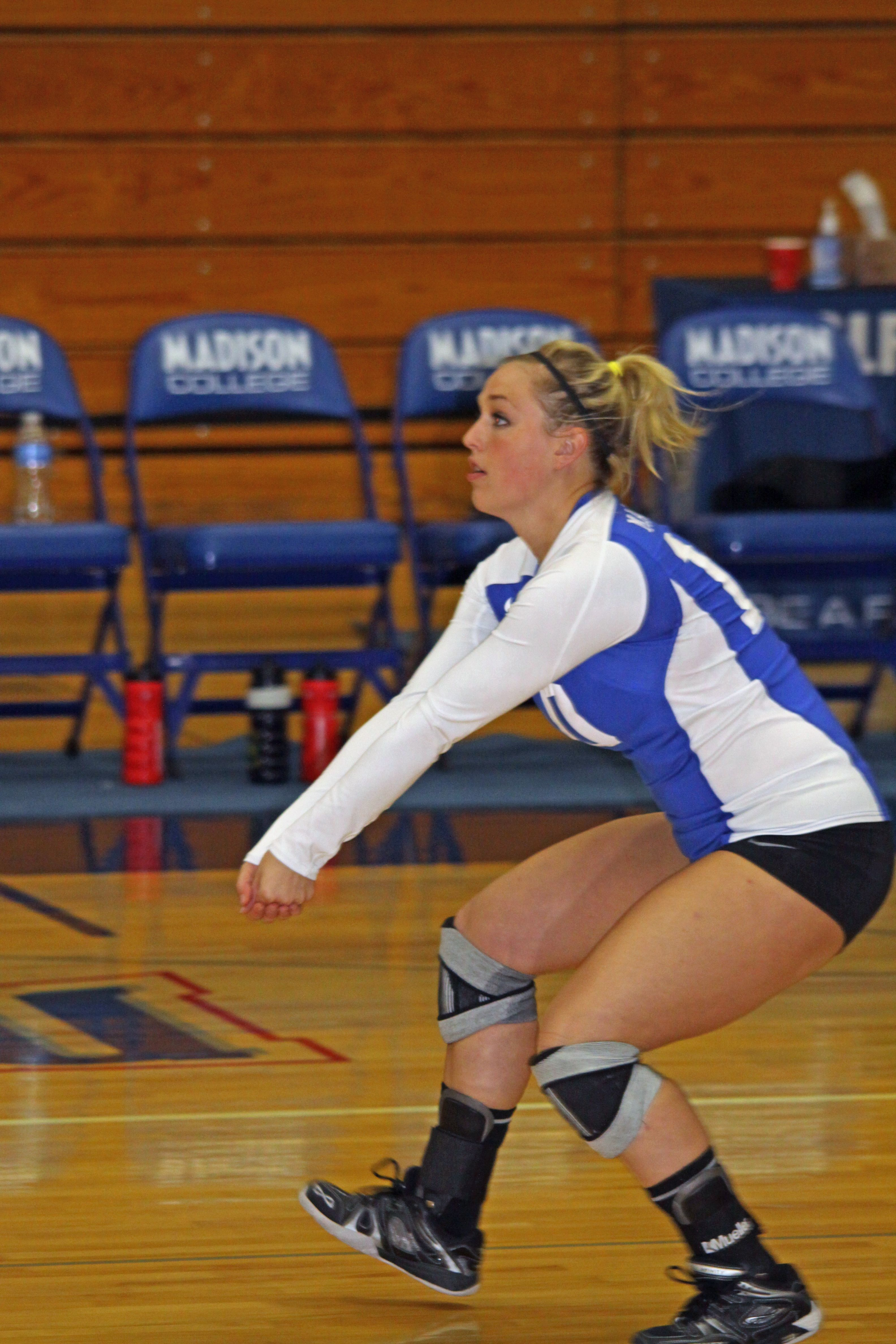 Madison Milsap Gets Ready For The Bump Women Volleyball Women Style