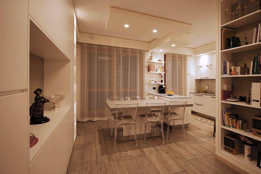 Soggiorno moderno arredato con pareti attrezzate sartoriali juri favilli design home deco for Soggiorno arredato