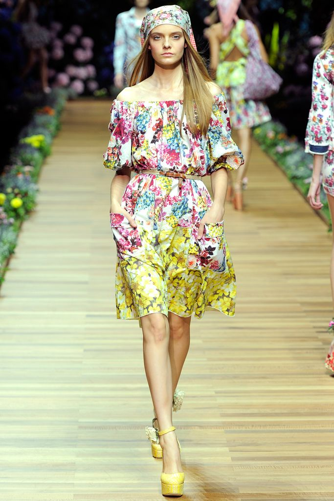D&G | Spring 2011 Ready-to-Wear Collection | Style.com