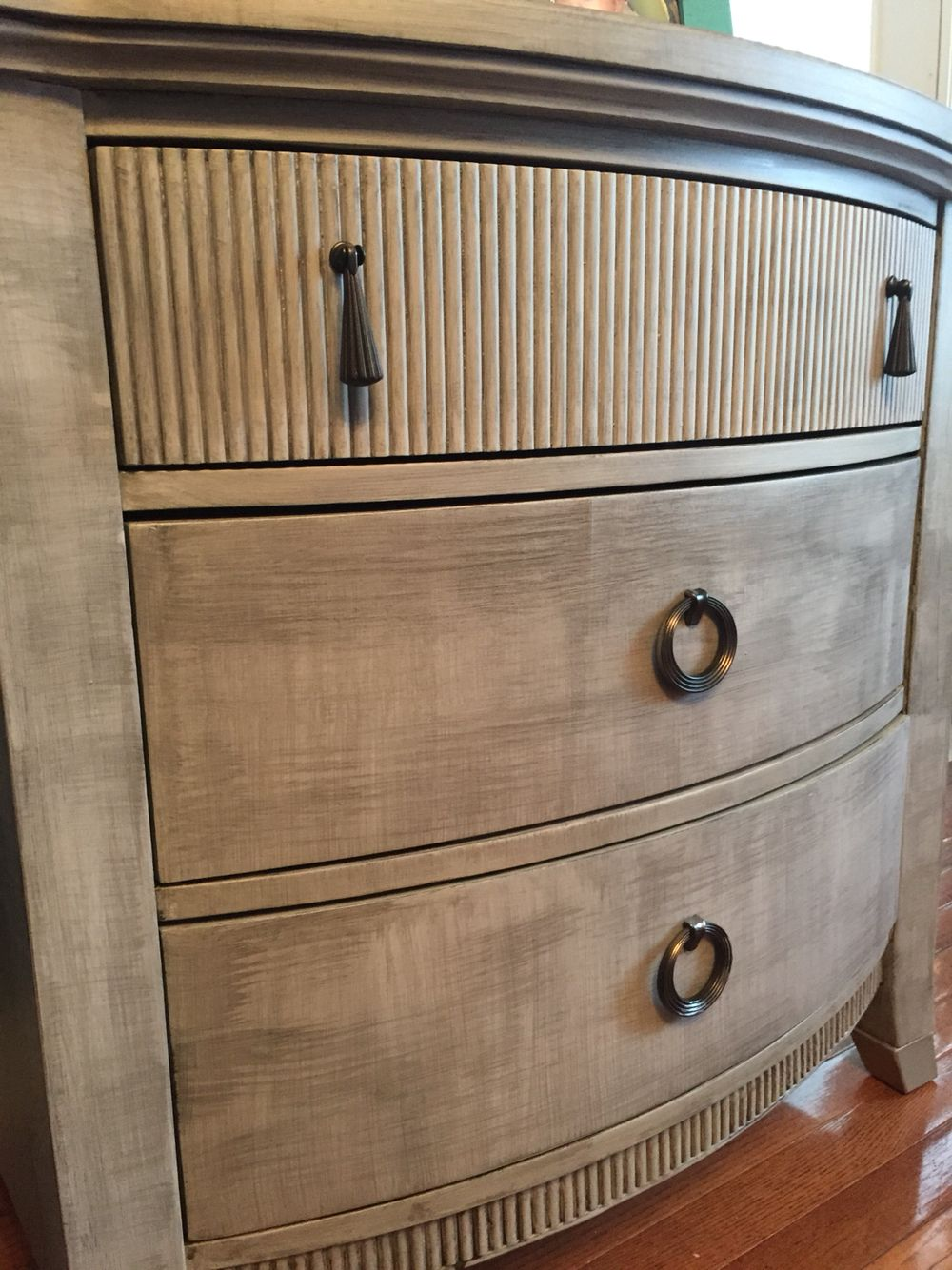 Annie Sloan Paris Grey With Metallic Glaze By Susana O Designs Painted Furniture Furniture Finishes Furniture
