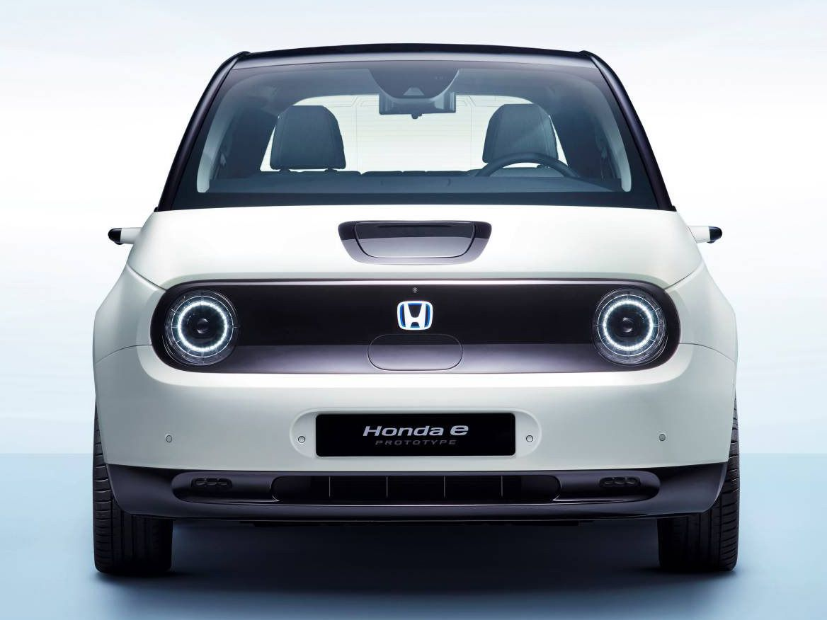 Honda E 2020 It Has Been Confirmed That Honda S New Compact Electric Car Will Be Equipped With Rear Vision Cameras As Standard In Place O Honda S Ford Gt Car