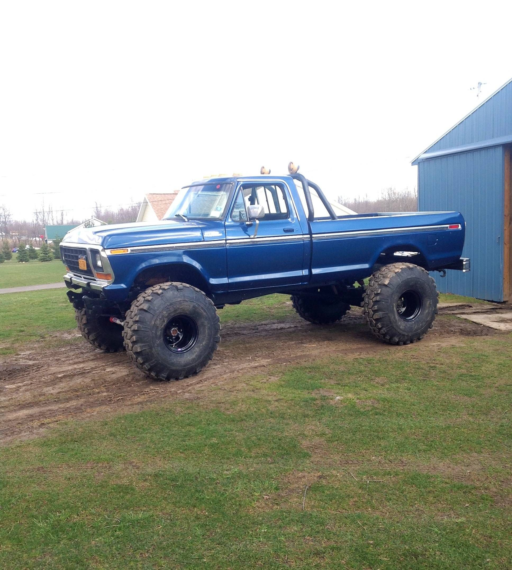 Granddaddy had a truck like this only it didn t have the extra