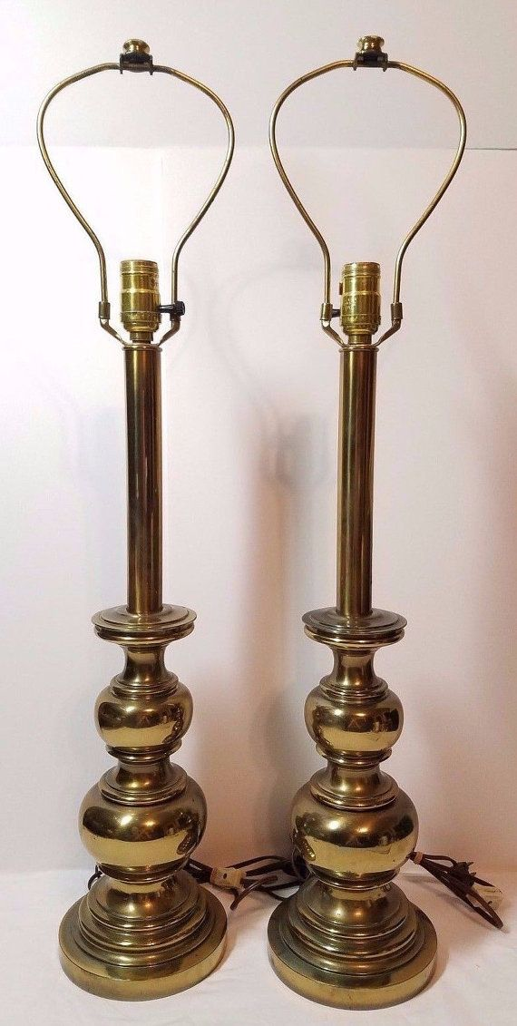 Pair vintage hollywood regency mid century modern stiffel brass pair vintage hollywood regency mid century modern stiffel brass metal end table accent lamps light stacked aloadofball Images