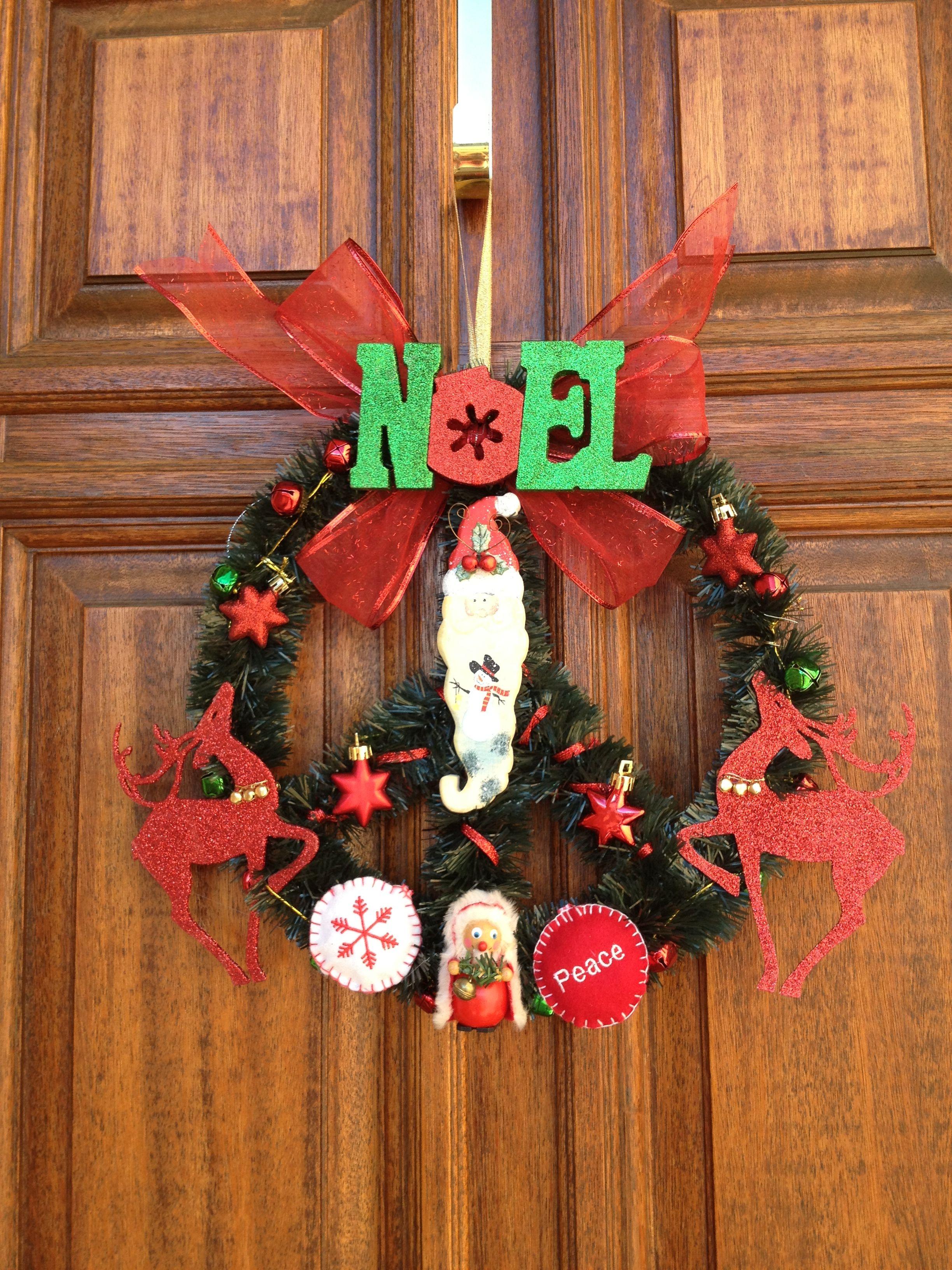 Peace Xmas Wreath
