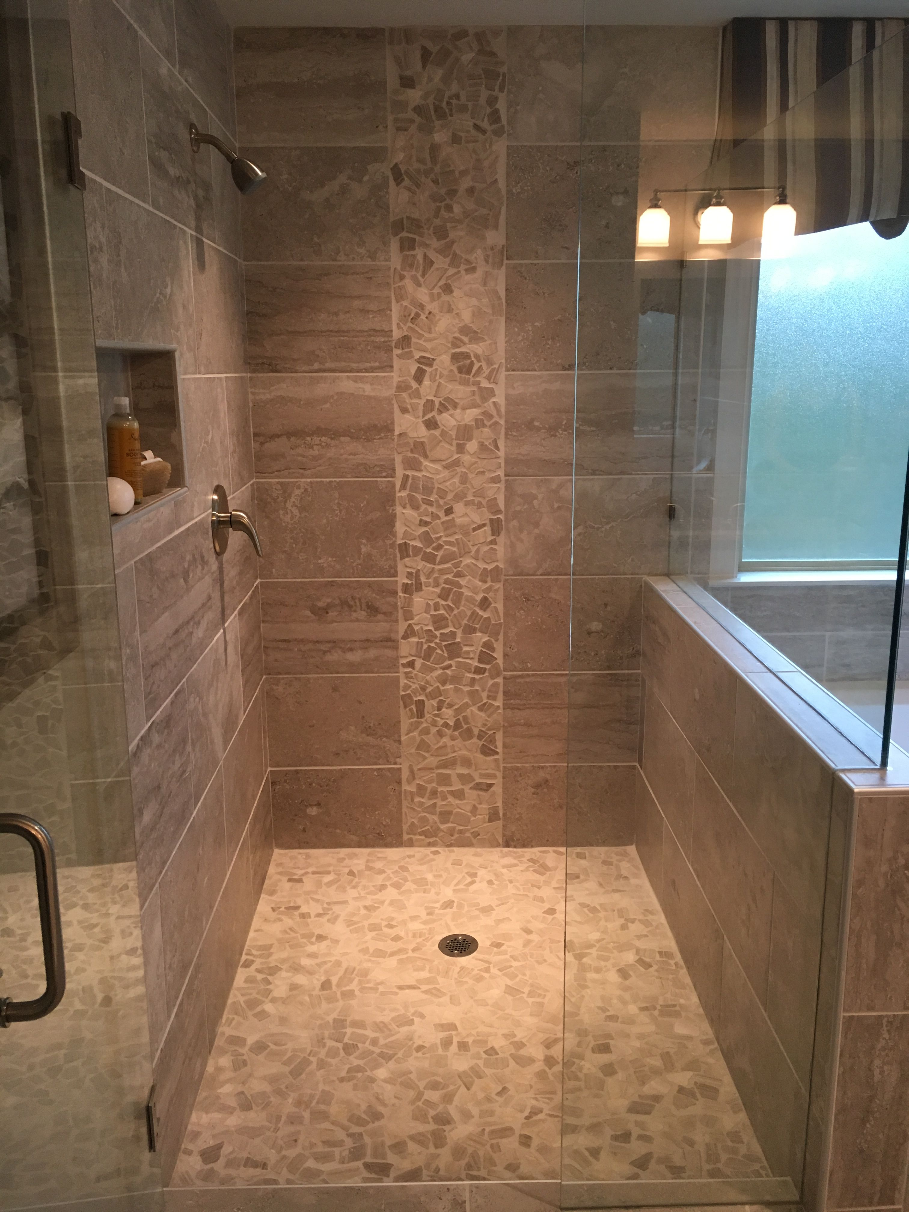 Pin By Kearston Hardaway On Home Decor And Household Ideas Bathroom Design Master Bath Remodel Shower Remodel