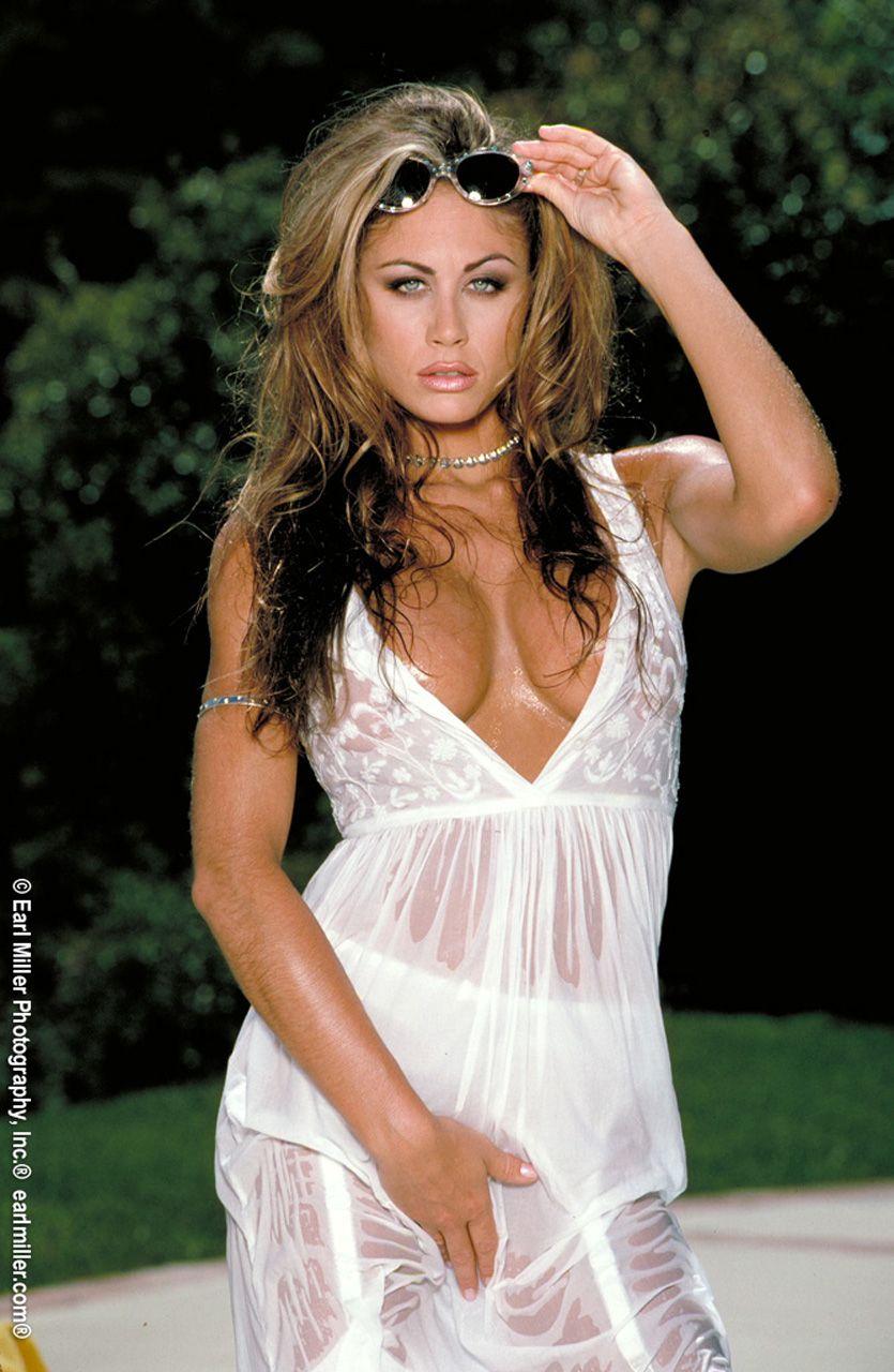 Chasey Lain Nude Photos 22