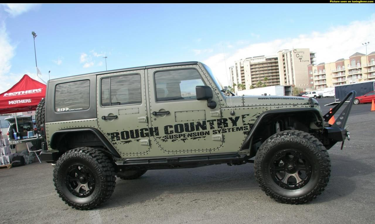 jeep rubicon tuning fever sema jeep wrangler unlimited rubicon envoy par jeeps. Black Bedroom Furniture Sets. Home Design Ideas