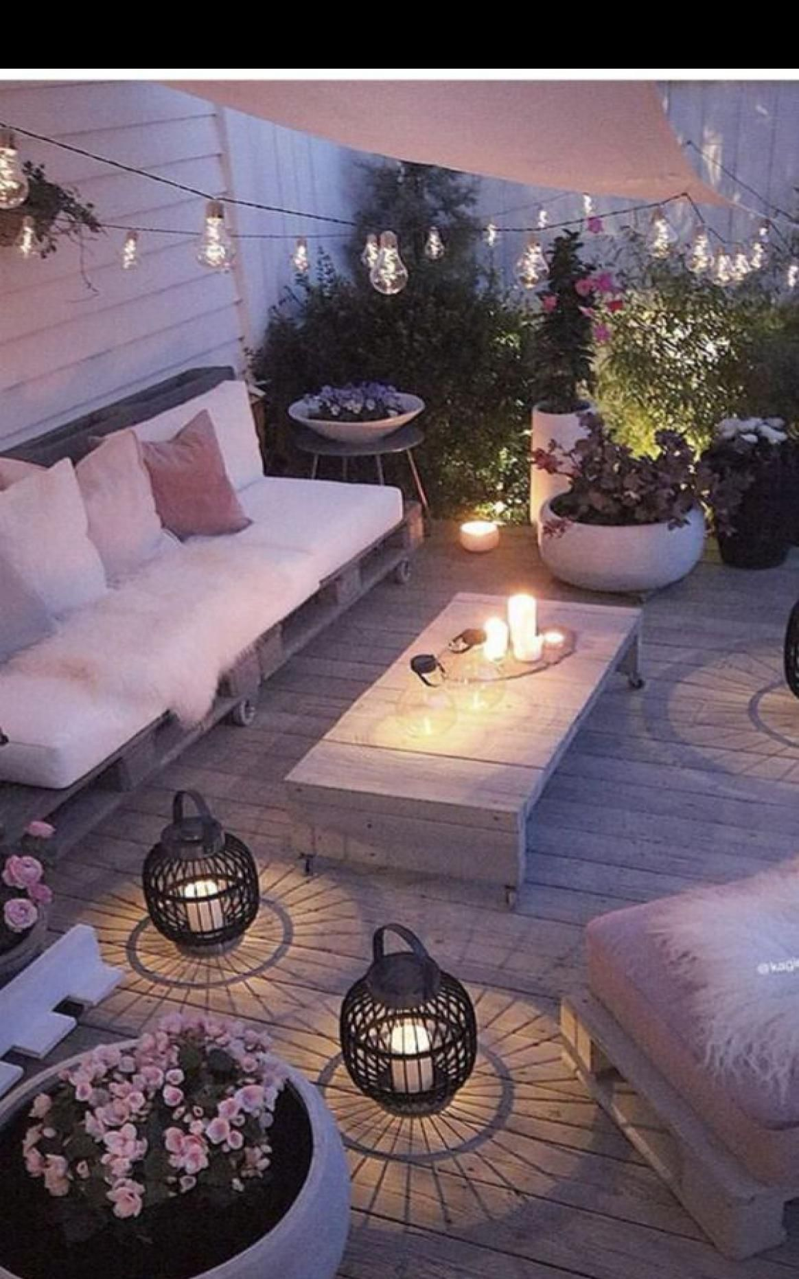 7 Comfy Outdoor Benches Ideas With L Shaped Design in 7  Diy