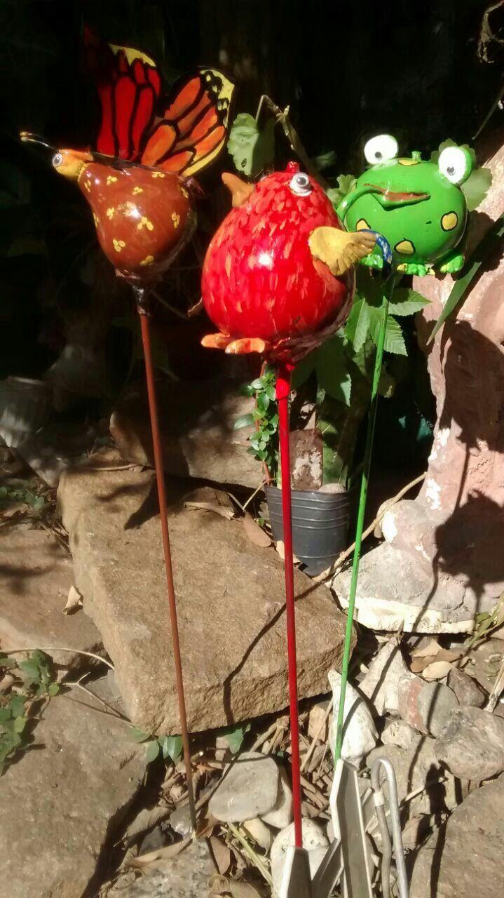 Adornos para jardín hechos de calabaza de mate