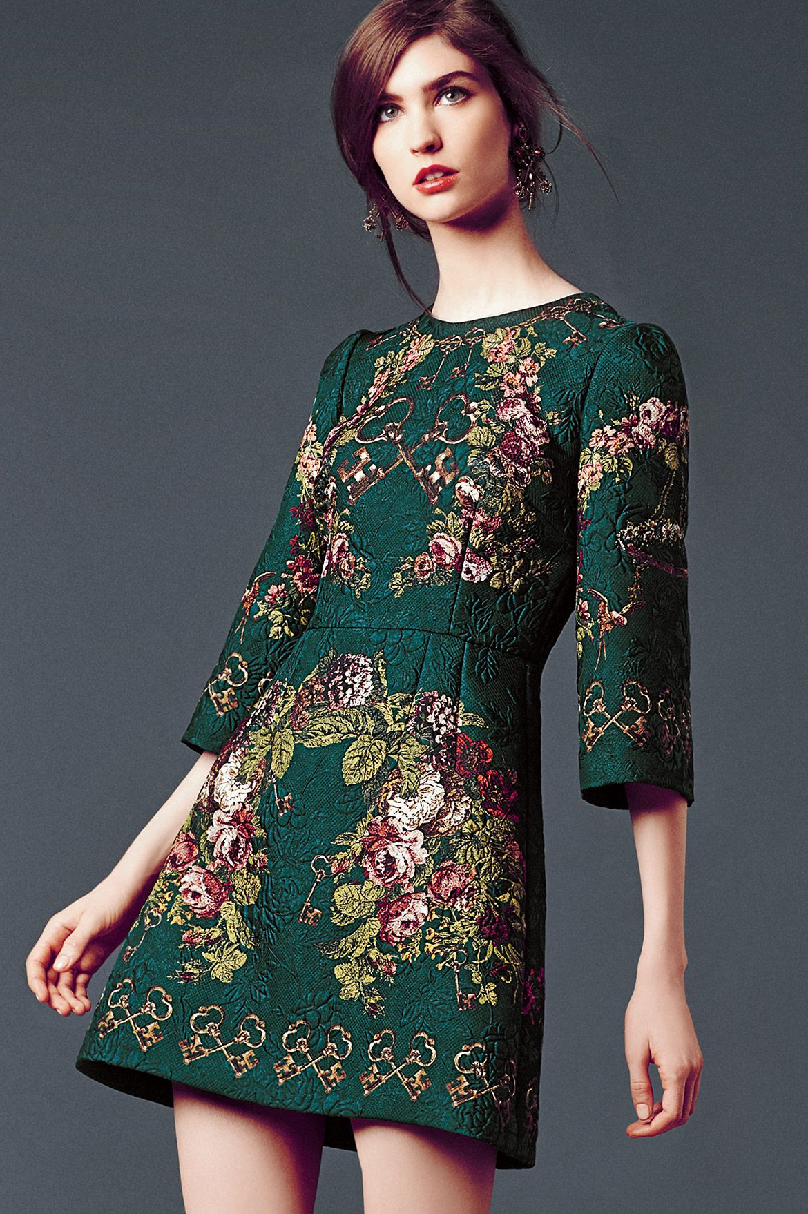 b06a8d3c0 dolce gabbana ropa mujer invierno - Buscar con Google Vestido De Ensueño