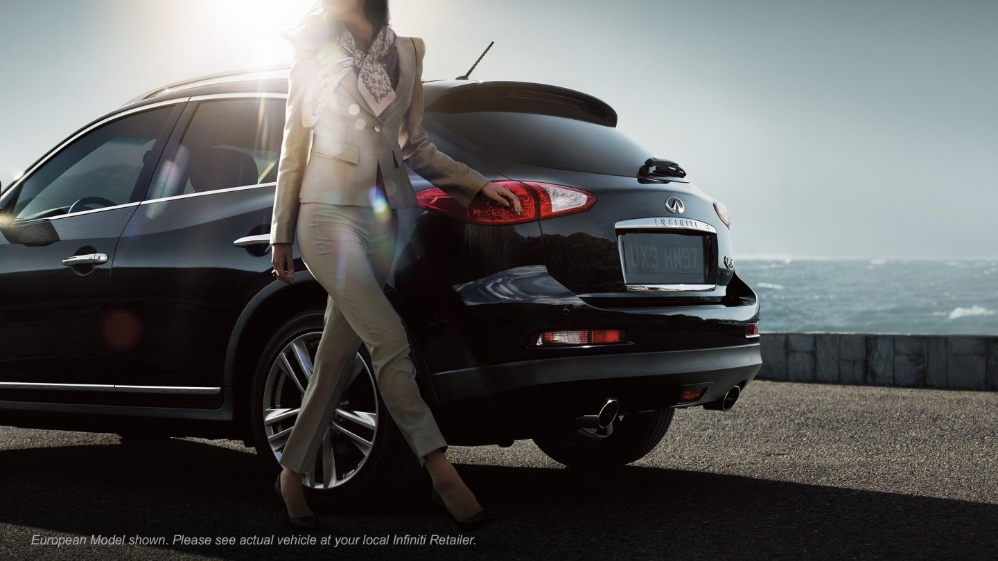 2014 Infiniti QX50 Crossover Photos | Infiniti USA