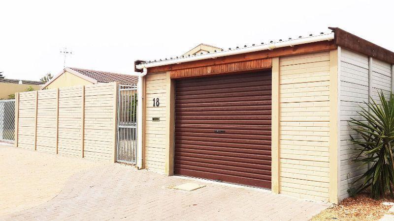Precast walls garages and storerooms palisade fencing for Garage fence
