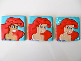 TUTORIALS.......STEPS ON HOW TO PAINT THE ROYAL ICING COOKIES