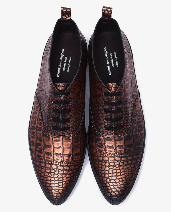 comme-des-garcons-snakeskin-shoes - would never allow actual snakeskin, but they sure are pretty...