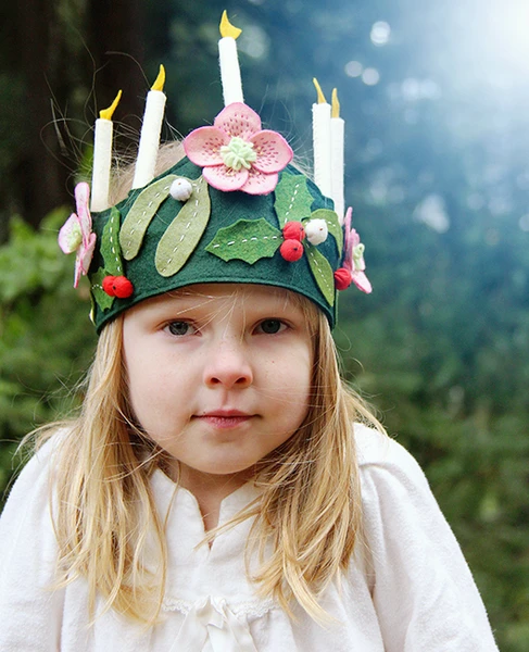 A Flow'ret Bright Winter Crown Sewing Pattern