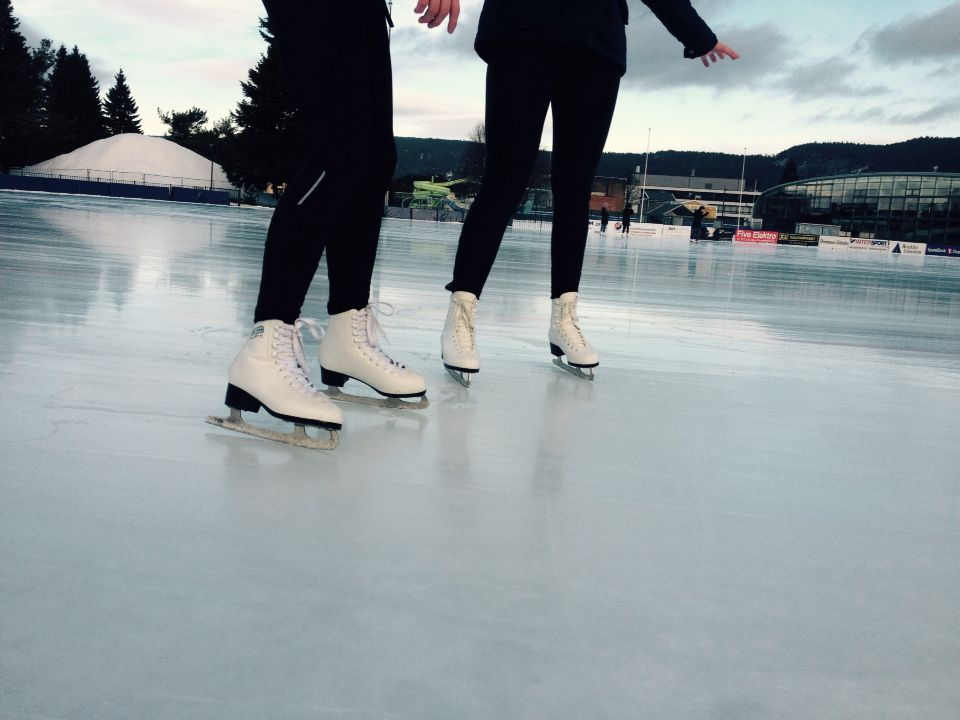 Ice Skating | • Pinterest: @raftvs