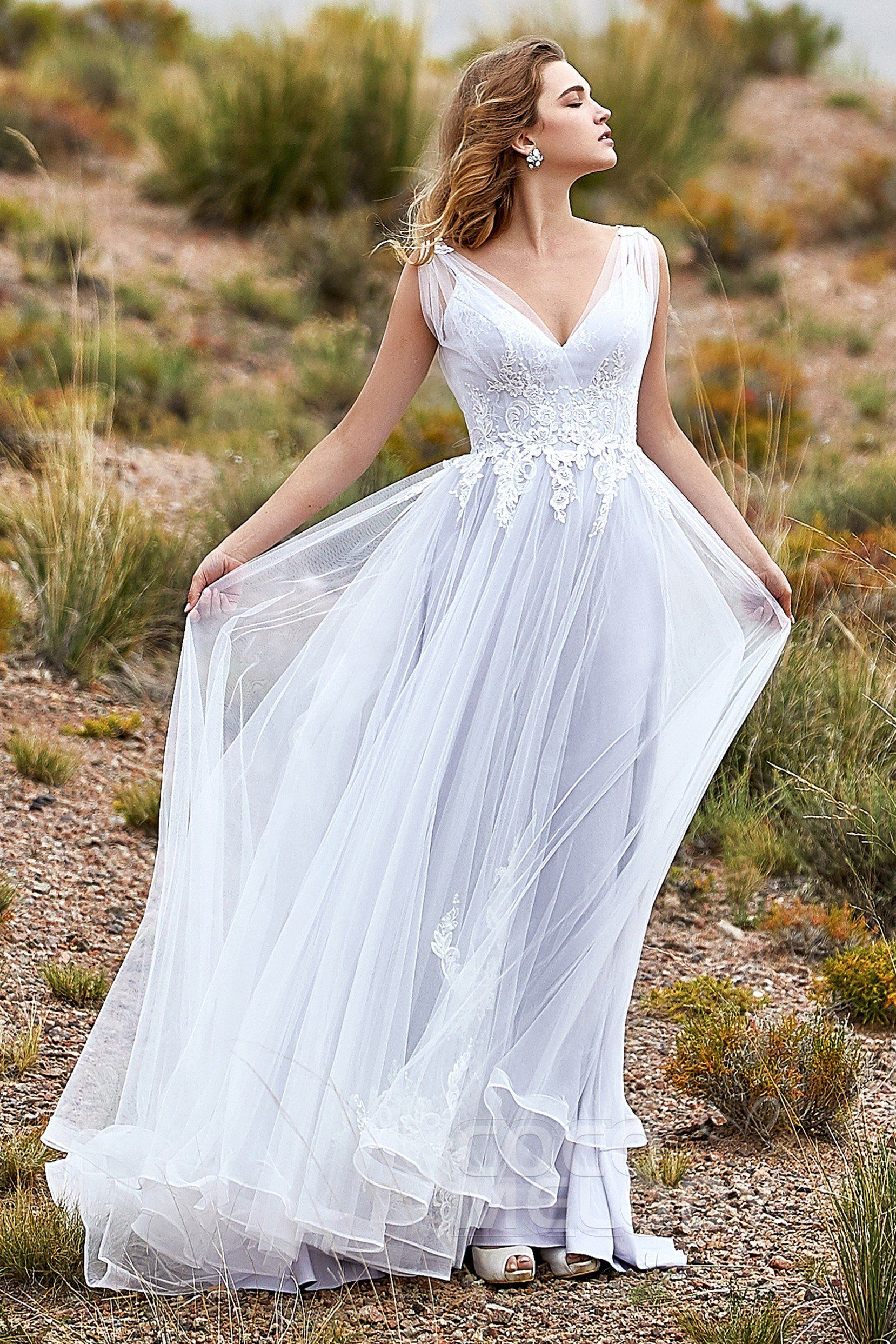 c0aa3aa658e A-Line Sweep-Brush Train Tulle Wedding Dress LD5845 #cocomelody  #alineweddingdress #tullebridalgown #2019newcollection