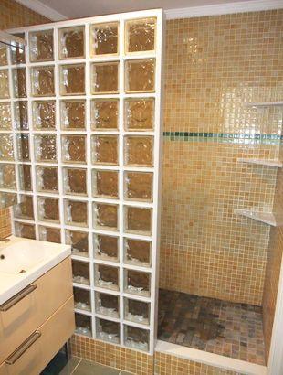 Ducha de obra 2 decorating of house pinterest disabled bathroom decorating and house - Bloques de vidrio para bano ...
