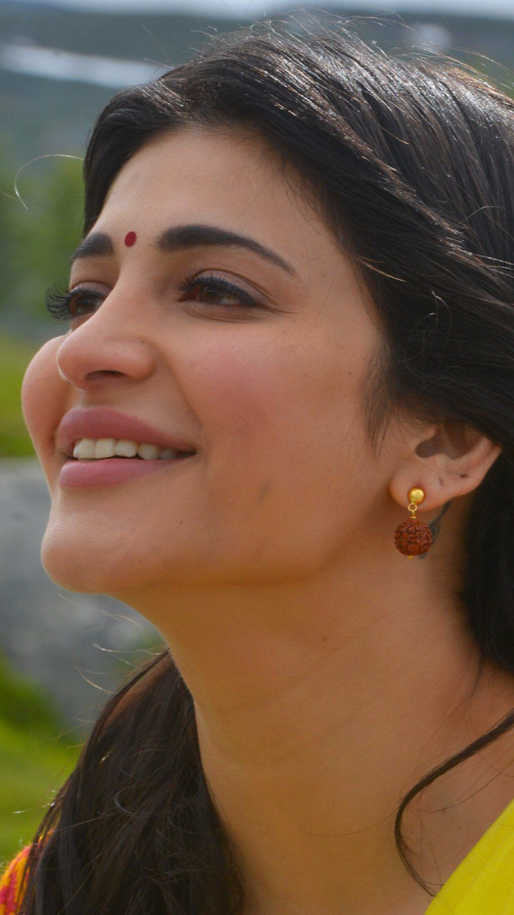 Pin by Marcus on Shruthi hassan | Pinterest | Angel