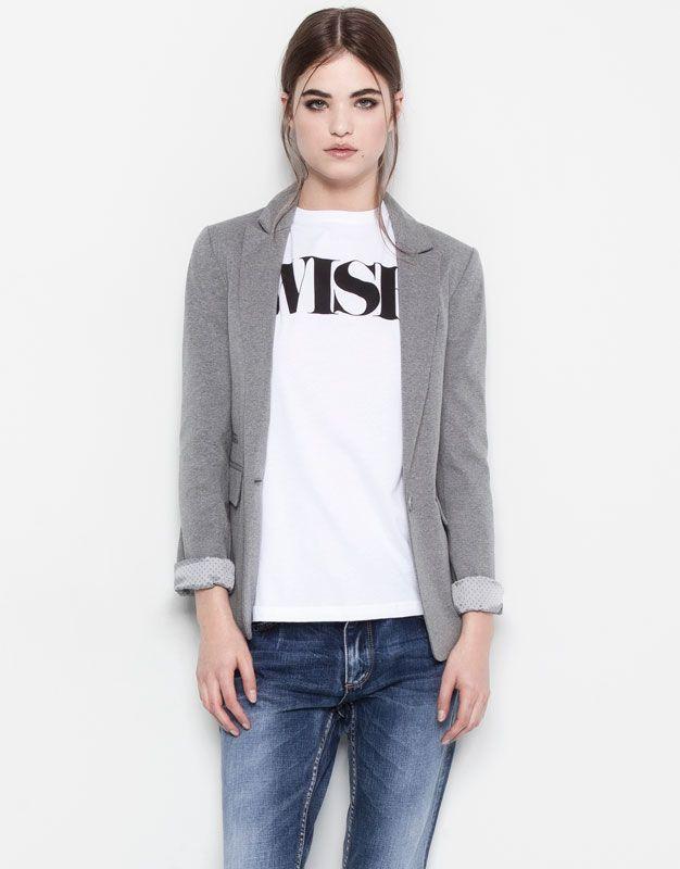 2a0130033dd Me encanta la combinaciónde blazer con camiseta AMERICANA BÁSICA - GRIS