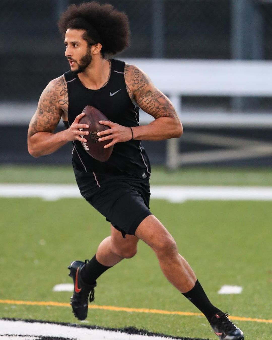 Instead Of Attending The Workout At The Atlanta Falcons Compound Kaepernick7 Made A Last Minute Switch And Had Practice At C Colin Kaepernick Kaepernick Nfl