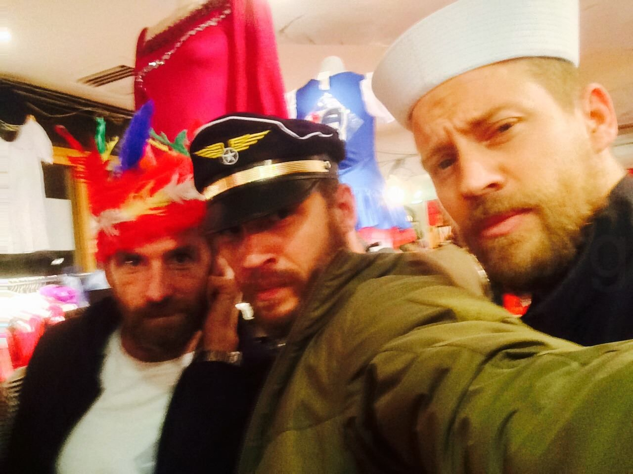 "halloween costume fail 2014"" # tomhardy # paulanderson"