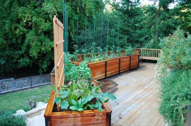 Jardinière en bois, métal, béton ou terre cuite- laquelle choisir - terrasse sur pilotis metal