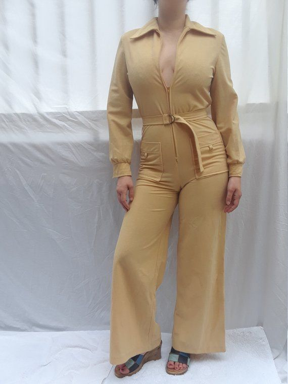 145d7d341791 1970s Bell Bottom JUMPSUIT TRISSI Size 8 Tan jumpsuit Retro 1960s 1970s Wide  Leg play suit Vintage R