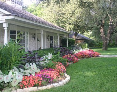 landscaping ranch style homes