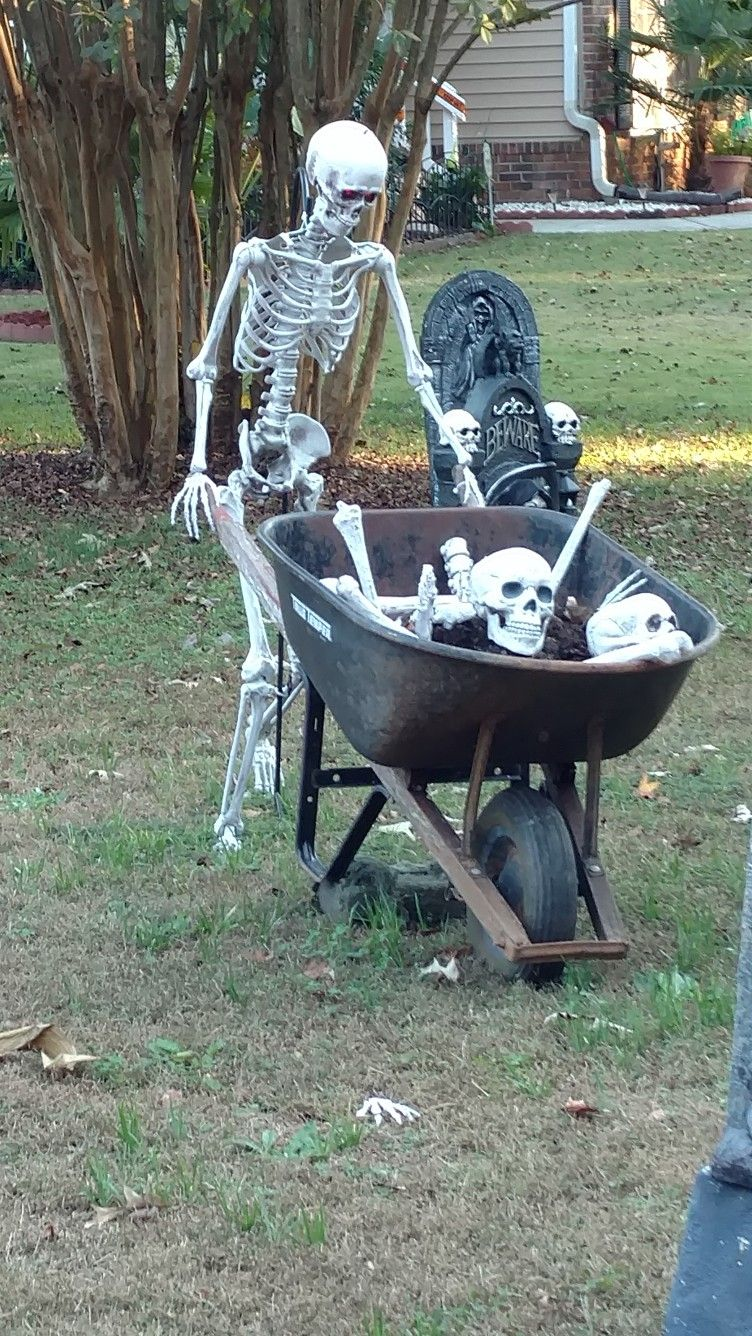 Pin by Mike McShane on Haunting Halloween Yard Ideas Pinterest - Halloween Yard Decorations