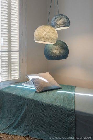 une sieste l 39 apr s midi ce luminaire triple est compos avec 1 s bleu poudr 1 m gris perle. Black Bedroom Furniture Sets. Home Design Ideas