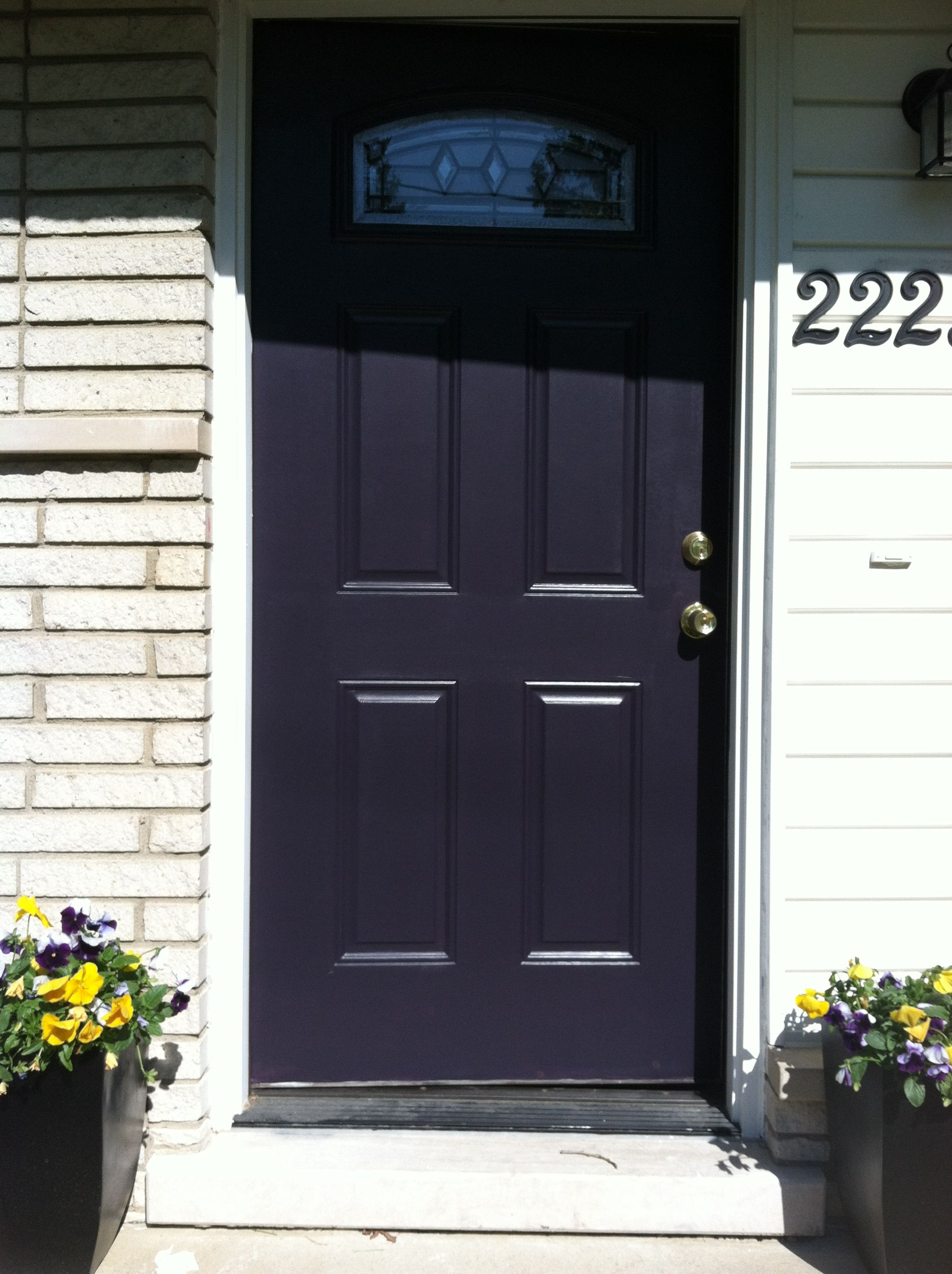 Painted The Front Door Black Swan By Sherwin And Williams Red Roof House Sherwin Williams
