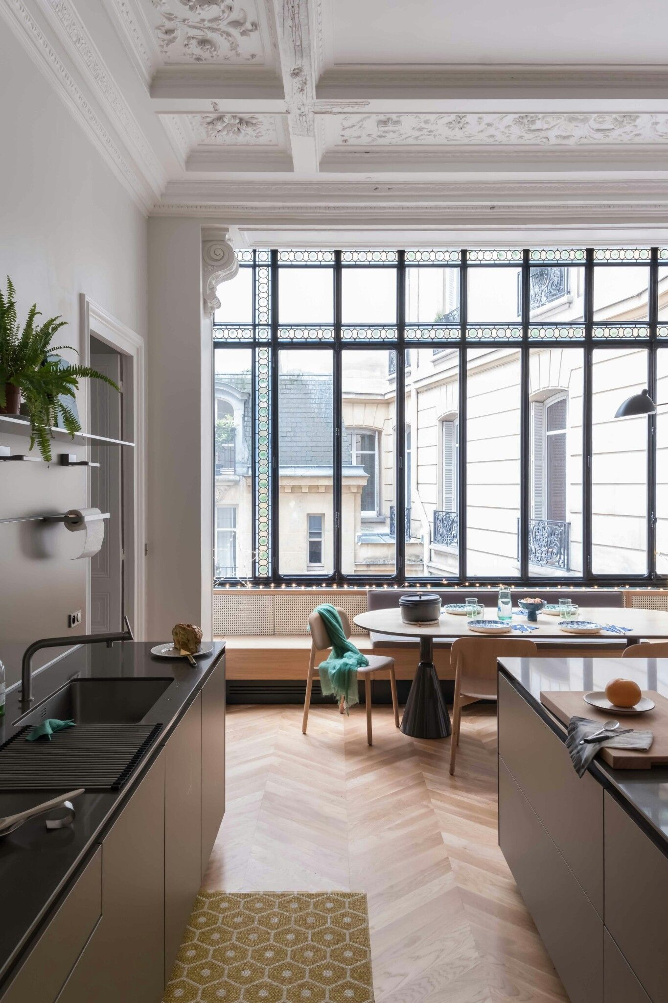 Appartement Interieur Luxe Ceiling Is Too Much And Kitchen Too Minimalist But I Like The