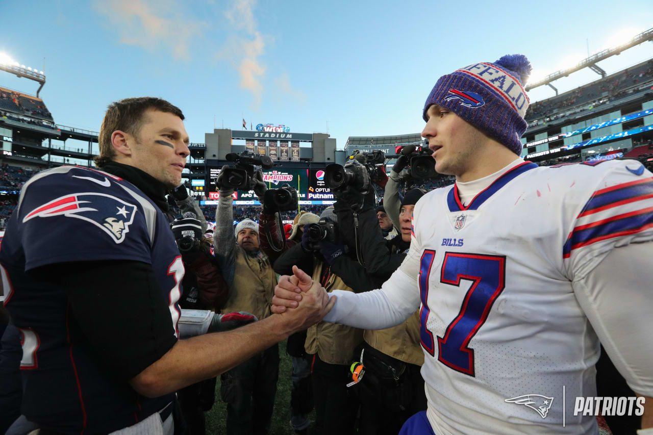 Tom Brady and Josh Allen | Buffalo bills baby, Bills, Best games