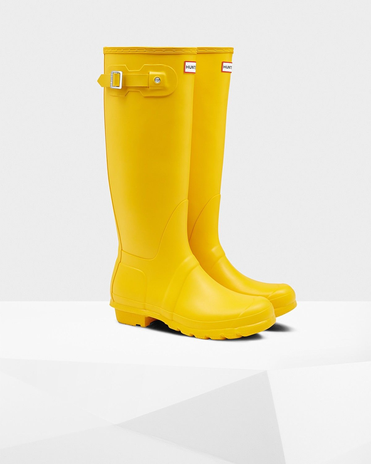 23ee679921b NIB Women39s COACH Signature Rubber Rain Boots Wellies Size 7