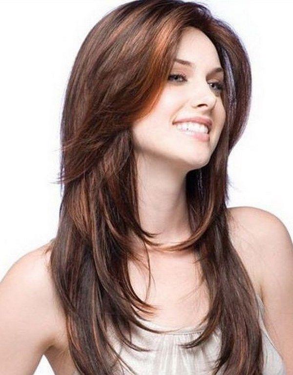 Cortes de cabello largo en cara redonda