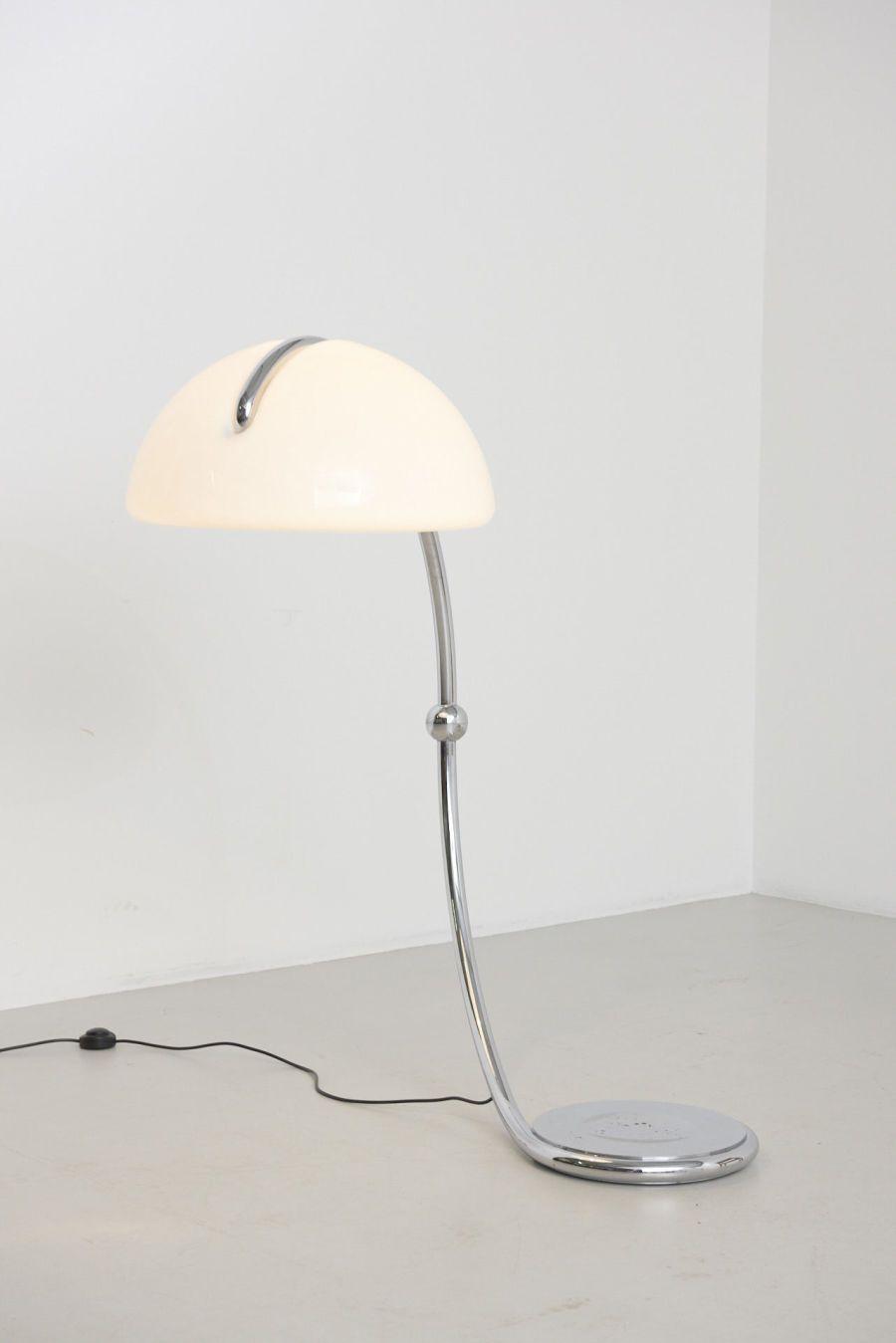 Elio Martinelli Serpente 2131 Oluce Italy 1965 In 2020 Italian Floor Lamp Floor Lamp Lamp