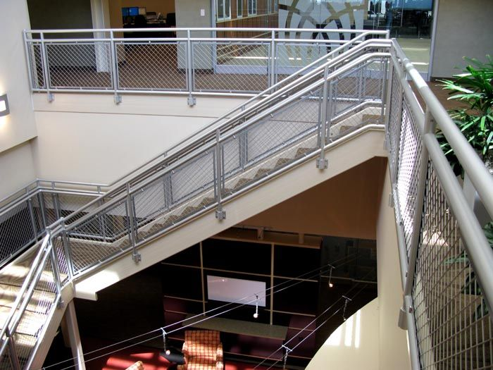 Merveilleux The Hollaender Manufacturing Company Produces A Wide Array Of Architectural  Hand Railing Systems, From Non Welded Aluminum Rails To Stainless Steel ...