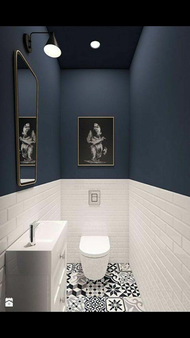 un wc moderne et design avec des carreaux de ciment au sol. Black Bedroom Furniture Sets. Home Design Ideas