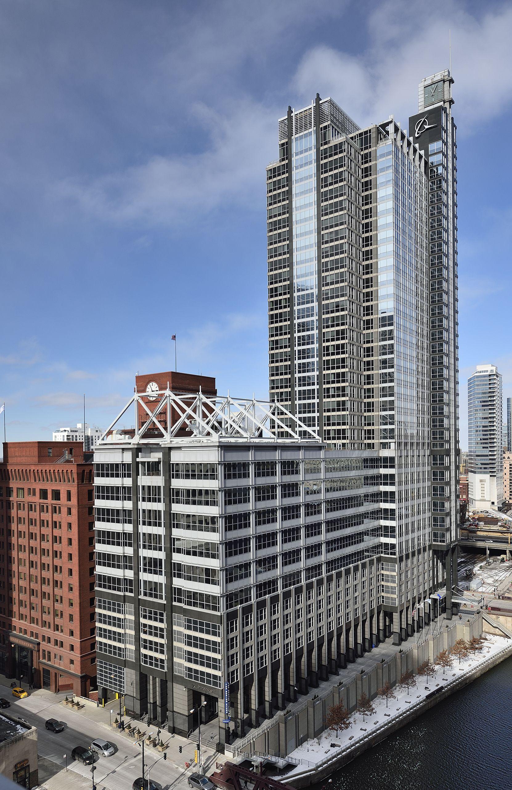 Exterior Of 100 N Riverside Chicago Boeing Building Riverside