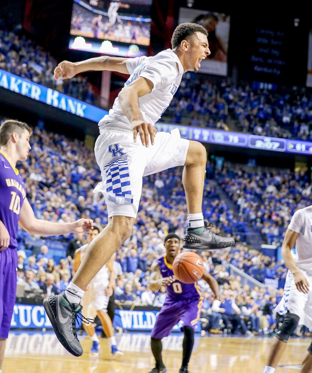 College basketball season opens Top teams in early action