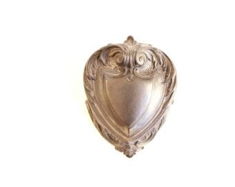 Pewter Heart Box Vintage Wedding Ring Box / metal heart trinket box . ring bearer pillow alternative . engagement ring box  bridesmaid gift