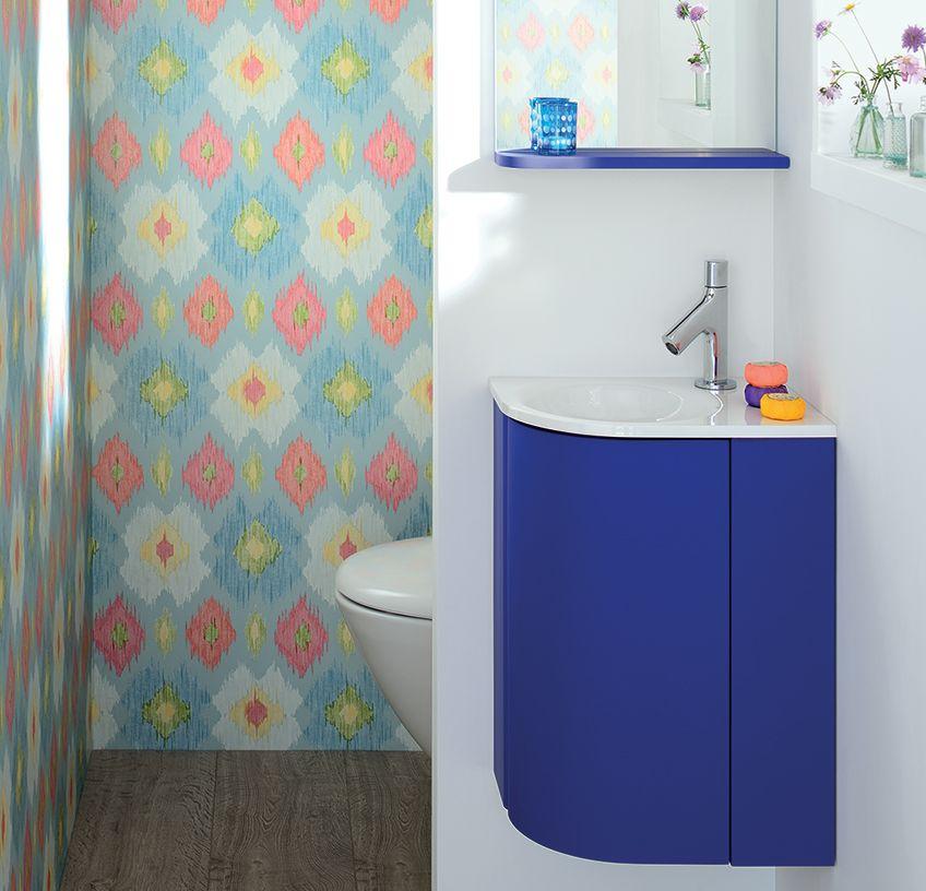 petit lave mains en angle de couleur bleu laqu parfait pour vos wc et vos petits espaces pop. Black Bedroom Furniture Sets. Home Design Ideas