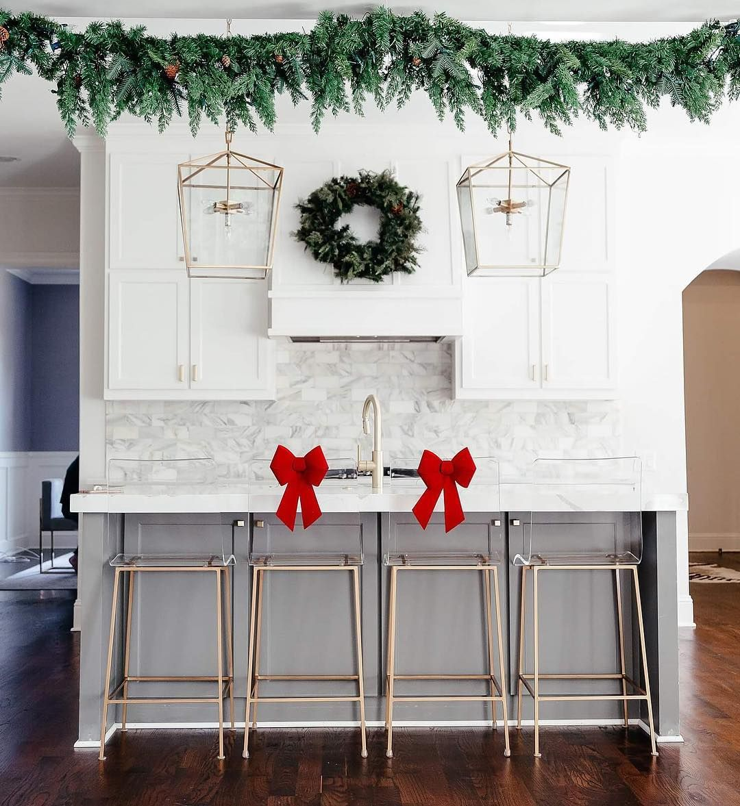 10 9k Likes 216 Comments Brightontheday Com Brightonkeller On Instagram Holiday Details Got My Fire On And Christmas Home Decor Holiday Details