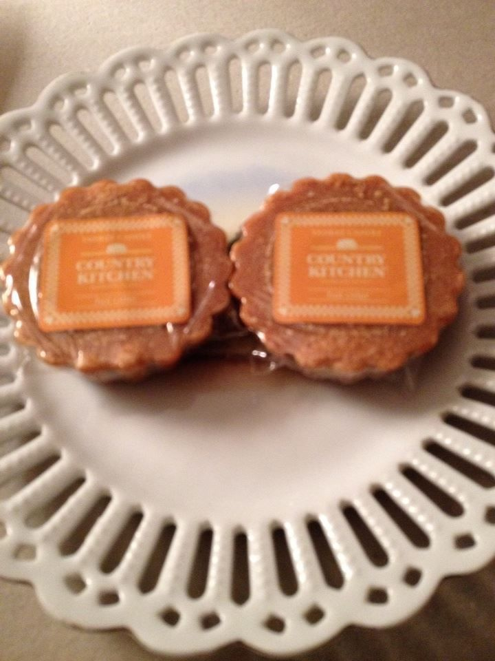 YANKEE CANDLE  HOT CIDER  CRISP APPLE CIDER AROMA NEW SET OF 2 Wax tarts  #YankeeCandle