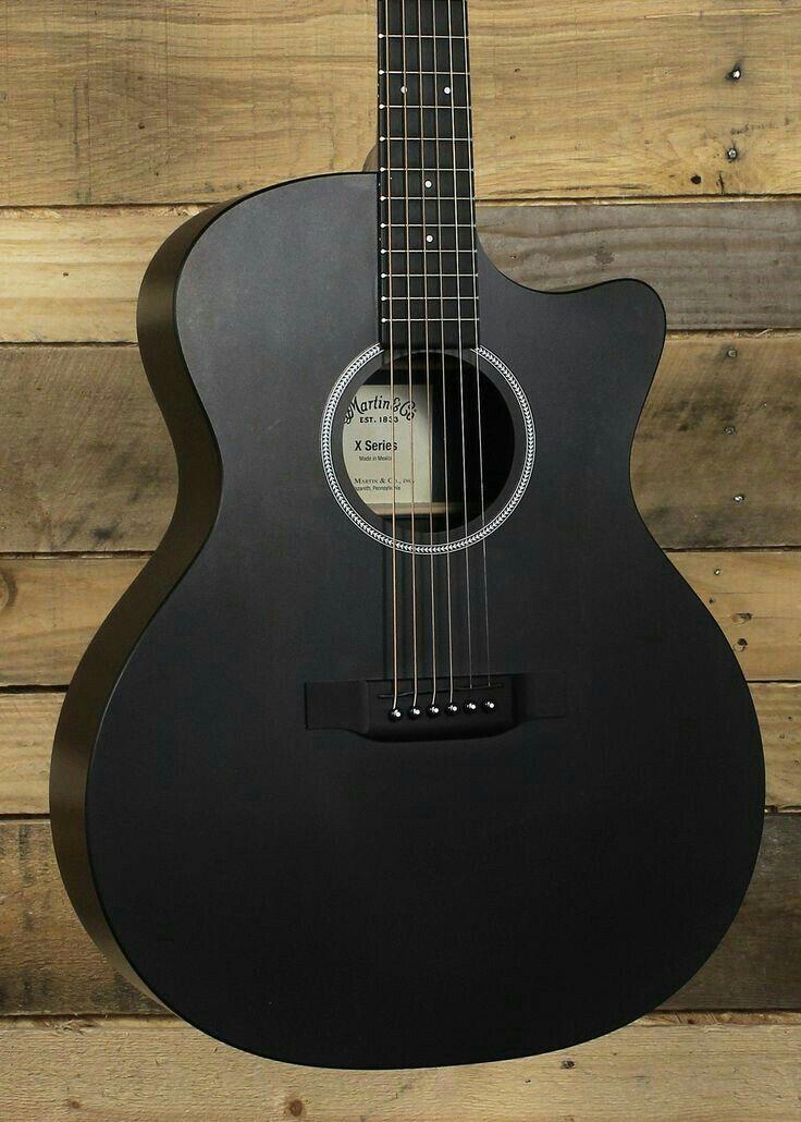 Pin By Madison Martinez On Guitarras Black Acoustic Guitar Music Guitar Acoustic Guitar